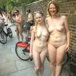 world naked bike ride novembre 2019 19 150x150 - Le World Naked Bike Ride, toujours très sexy ces femmes nues